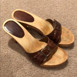 Mia Wooden Brown Leather Strap Heeled Sandals